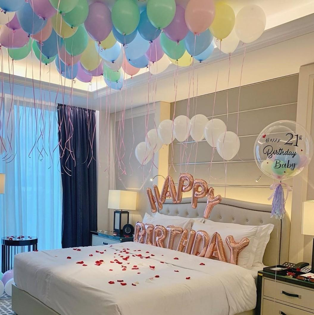 Birthday Decoration Staycation Hotel Room Helium Balloons Proposal Anniversary Set Up Decoration Lifestyle Services Event Party Services On Carousell