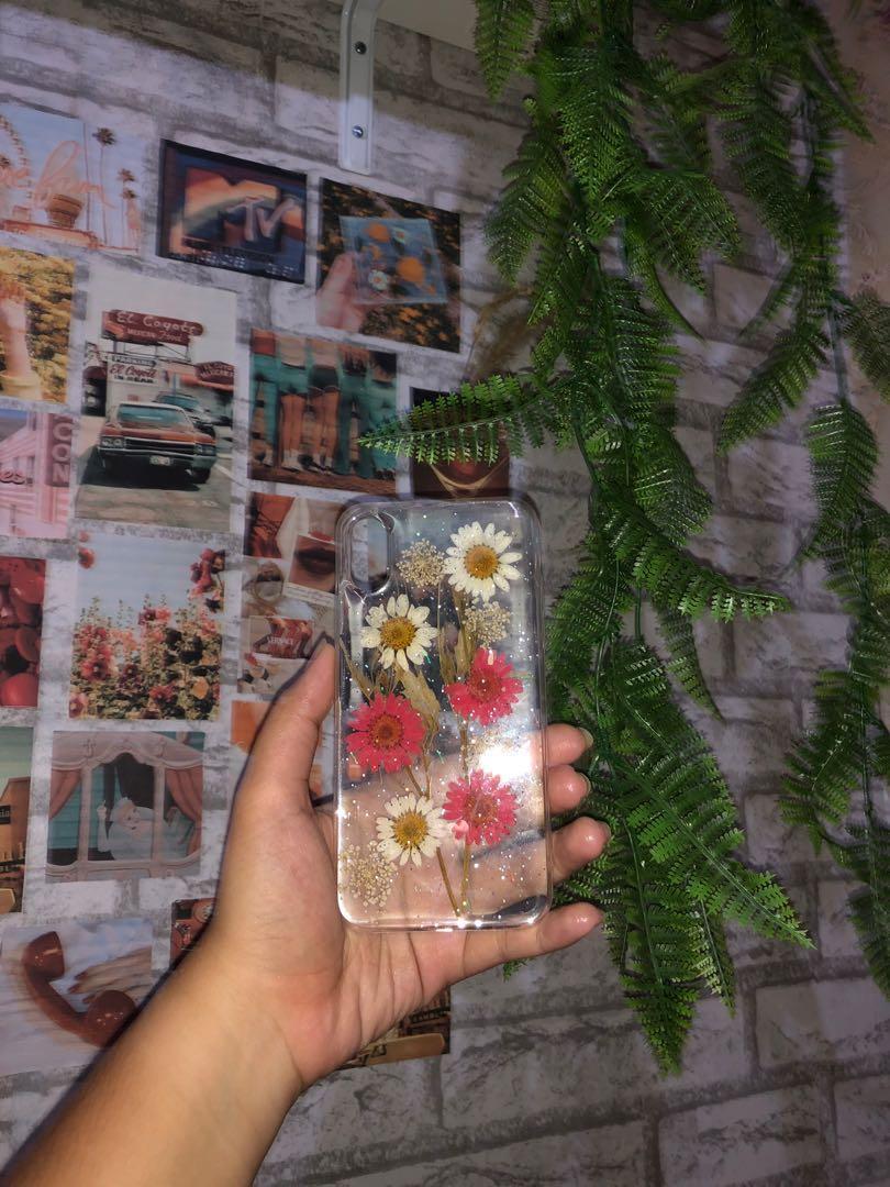 Dry Flowers Aesthetics cases