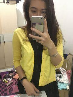 GAP Yellow outer