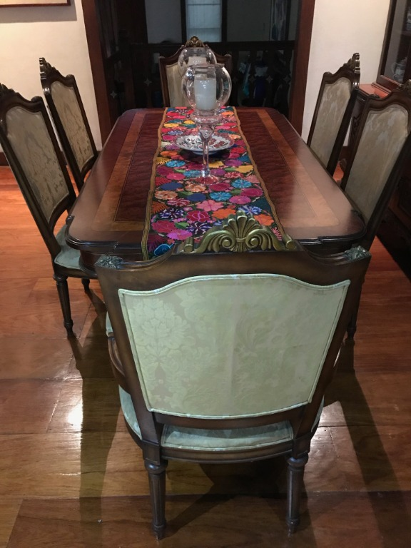 Italian Dining Table With Free 6 Chairs, Used Dining Room Chairs Chicago