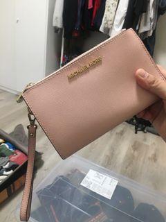 Michael kors粉色皮夾 正貨