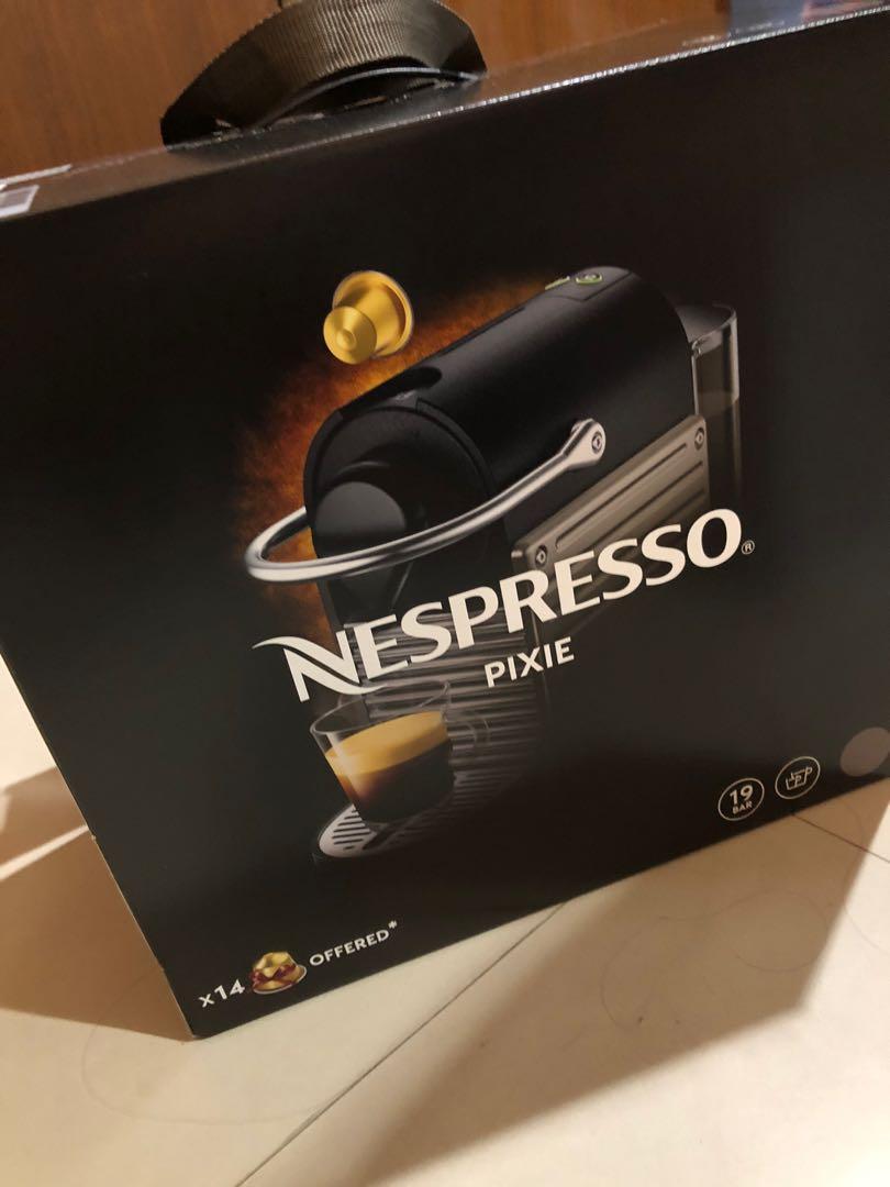 nespresso pixiec61全新未拆封公司貨保固一年+50顆咖啡膠囊