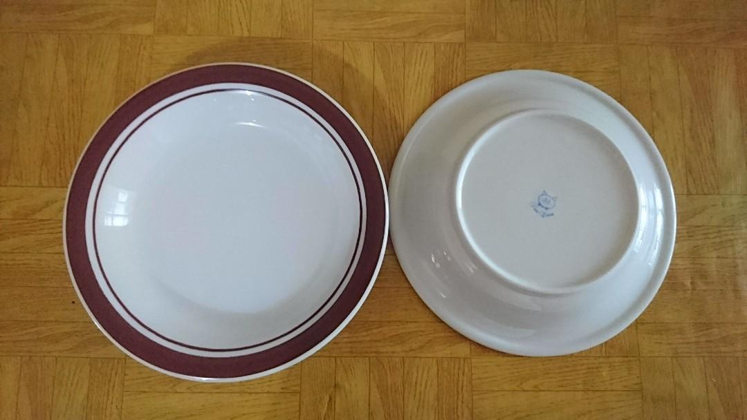 12 Piring Makan Keramik - Fine China