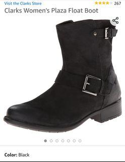 BNIB Clark's Women's Boots (size 6.5)