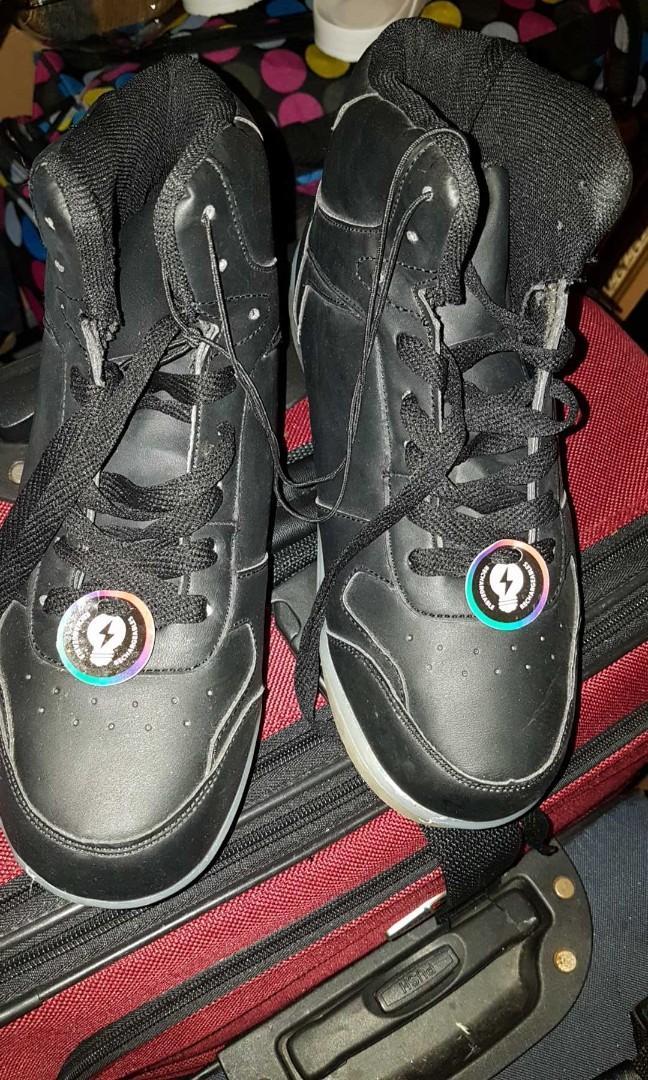 Boys light up shoes