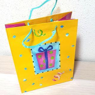 8 piece Gift Paper Bag
