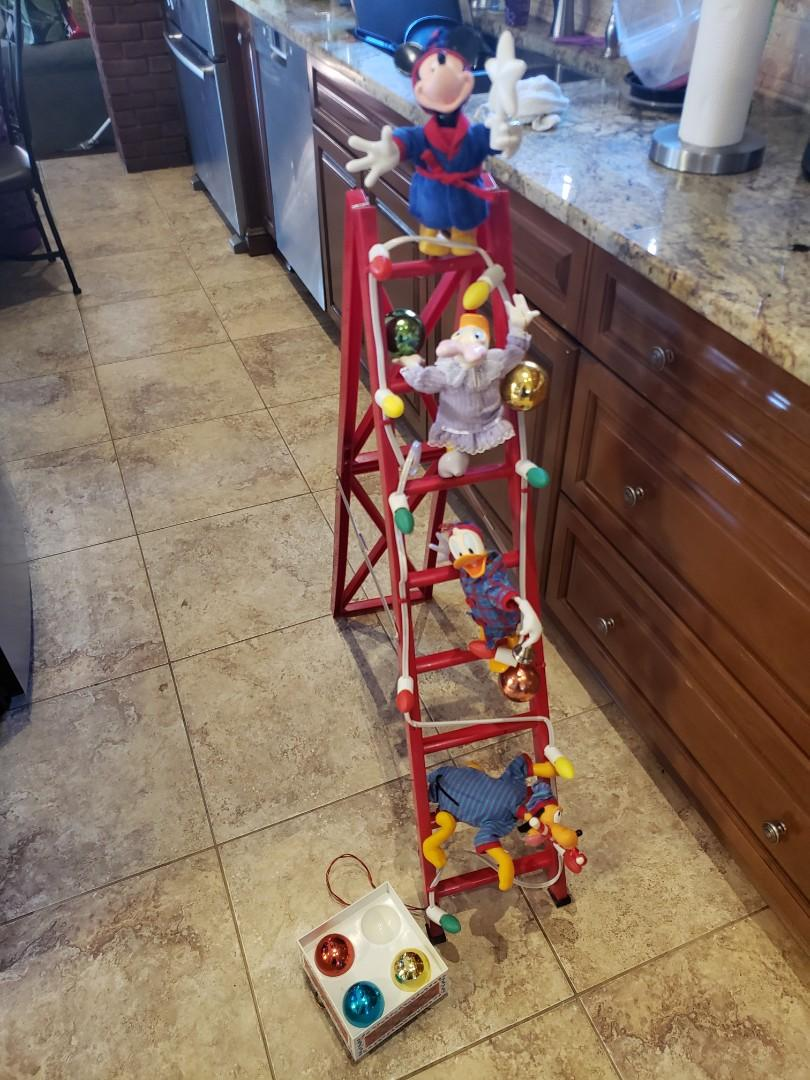 Vintage Christmas Mickey Mouse Tree Trimmers Disney Animated Lighted (Fully Operational)