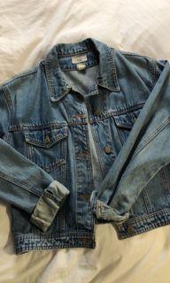 Woman's Oversized Denim Jean Jacket