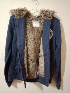 原價1100購入✋NET水貂毛抽繩超厚保暖外套M