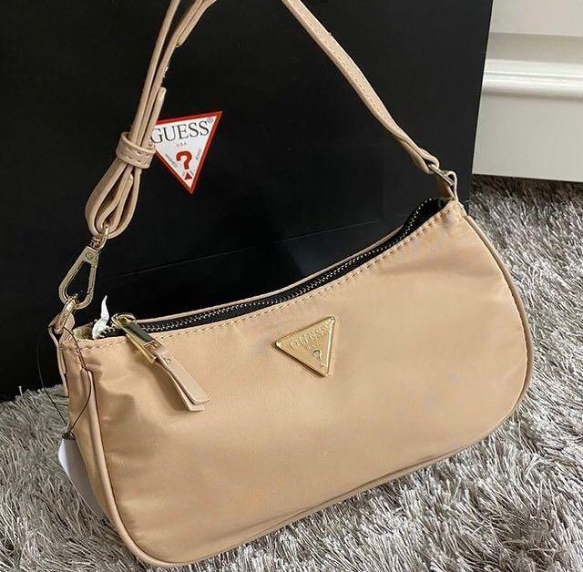 Guess Paris Shoulderbag