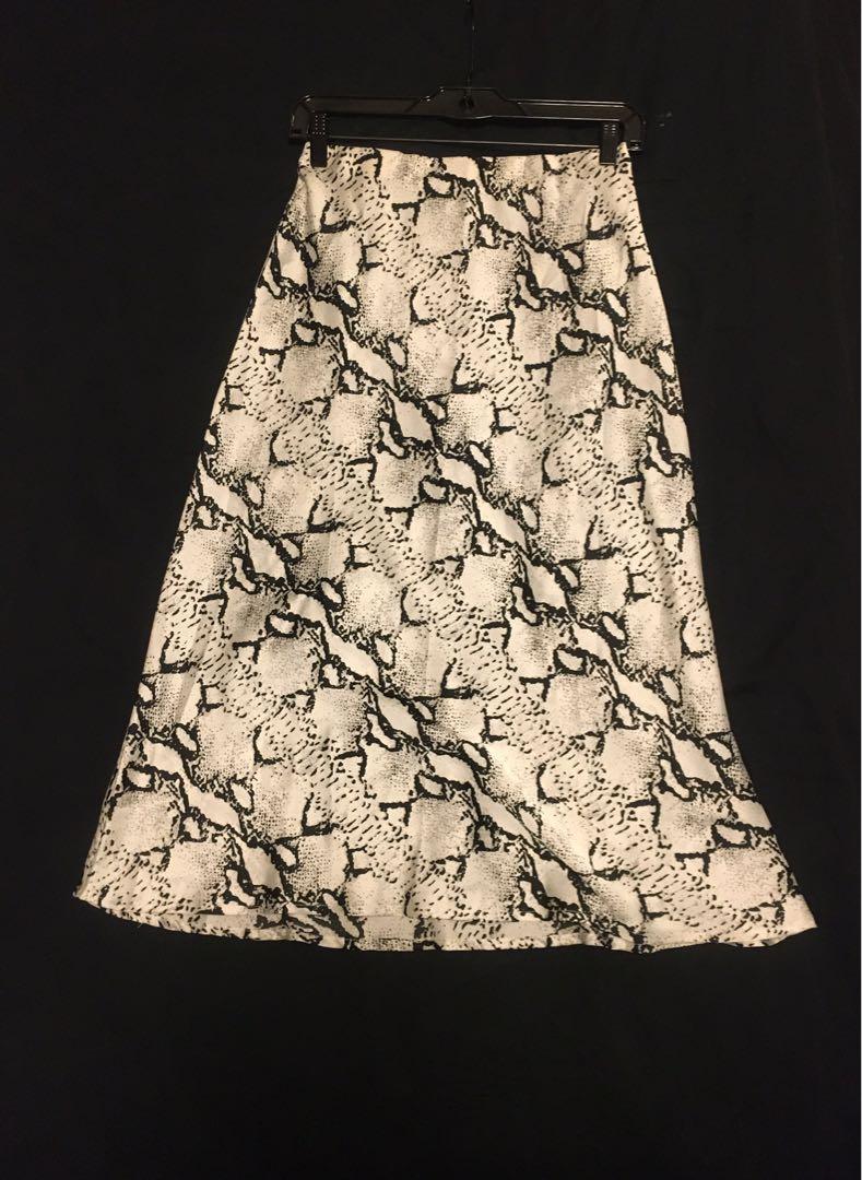 Mendocino Animal Print Midi Skirt