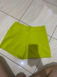 Short Pants LIME BKK