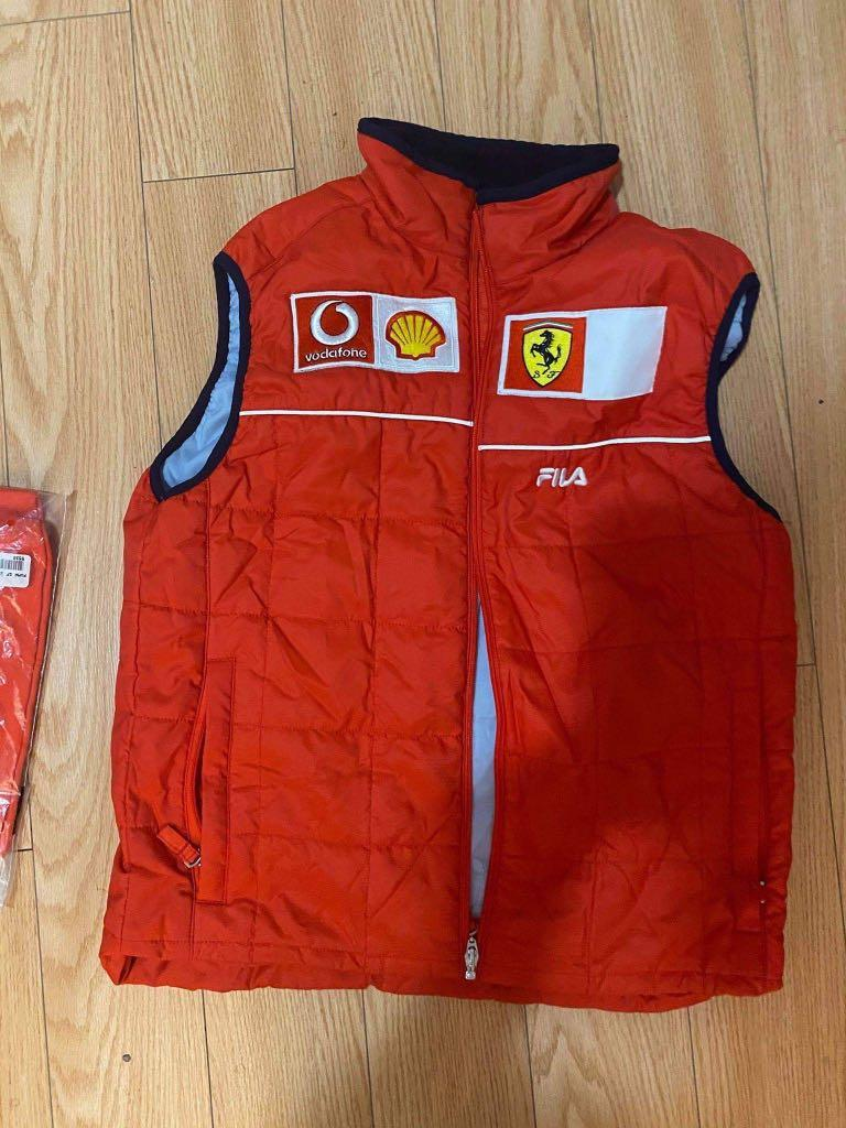 Vest size small used