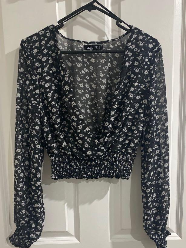 Ally- Deep Plunge Top