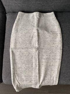 BNWOT Aritzia Wilfred Skirt