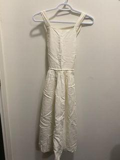 BNWT Aritzia Wilfred Hymne Dress