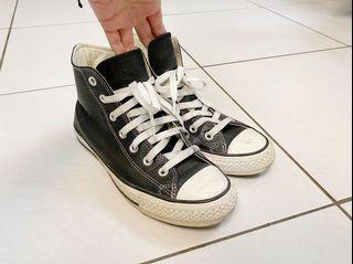 Converse All Star 黑色高筒荔枝皮紋球鞋