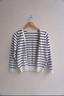 GU uniqlo cardigan stripes