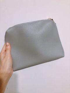 灰色化妝包