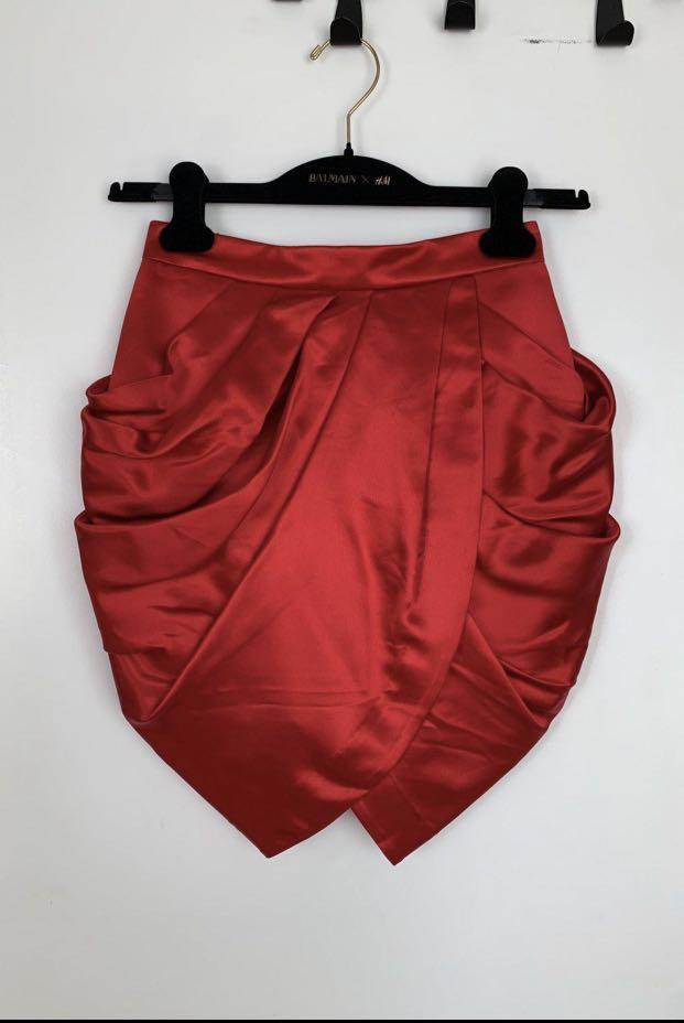 BNWT Balmain x H&M 100% Silk Satin Red Tulip Skirt