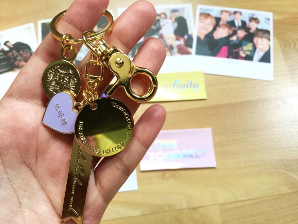 BTS Premium Gold Enamel Keyring: Dreams / Teamwork Makes The Dream Work