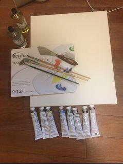 盾牌油畫顏料、洗筆劑、亞麻仁油、調色紙盤、畫布