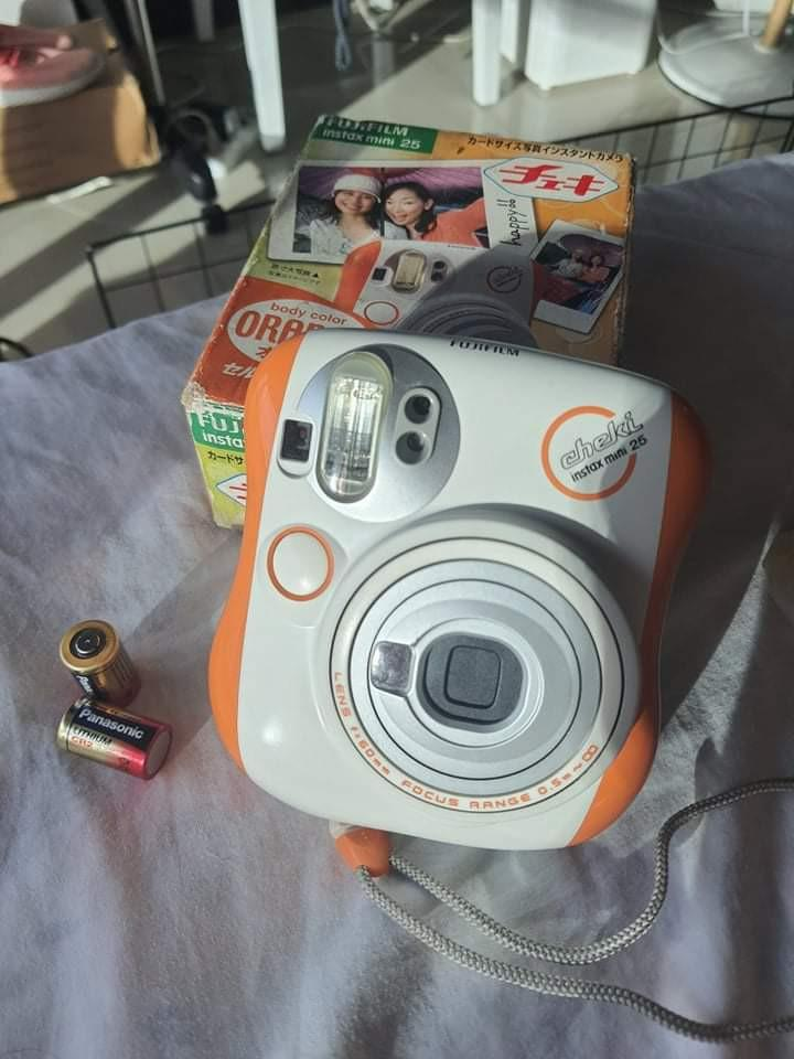 FUJIFILM INSTAX MINI 25 with extra lens, extra film and battery