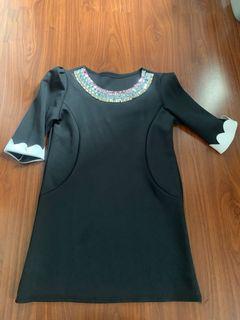 Mini dress batu