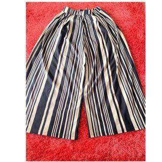 Striped pants very comfortable! Celana garis garis