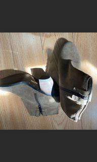 Tan boot 👢 size 8 used