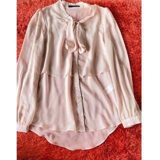 Pink blouse office wear-  kerja brand atmosphere
