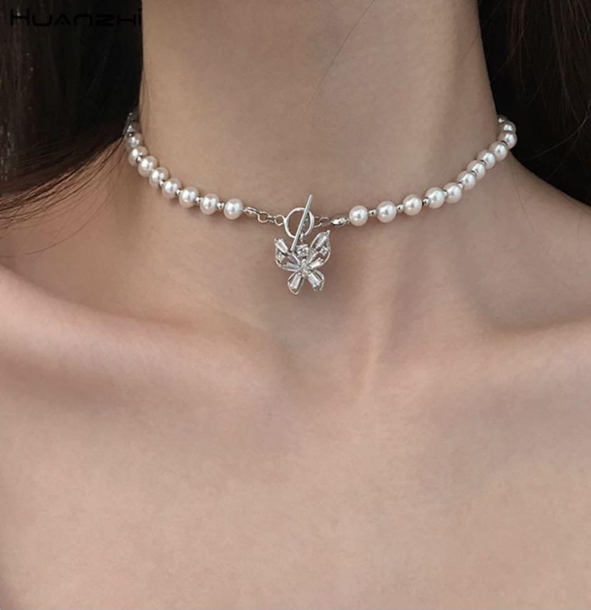 butterfly pearl choker