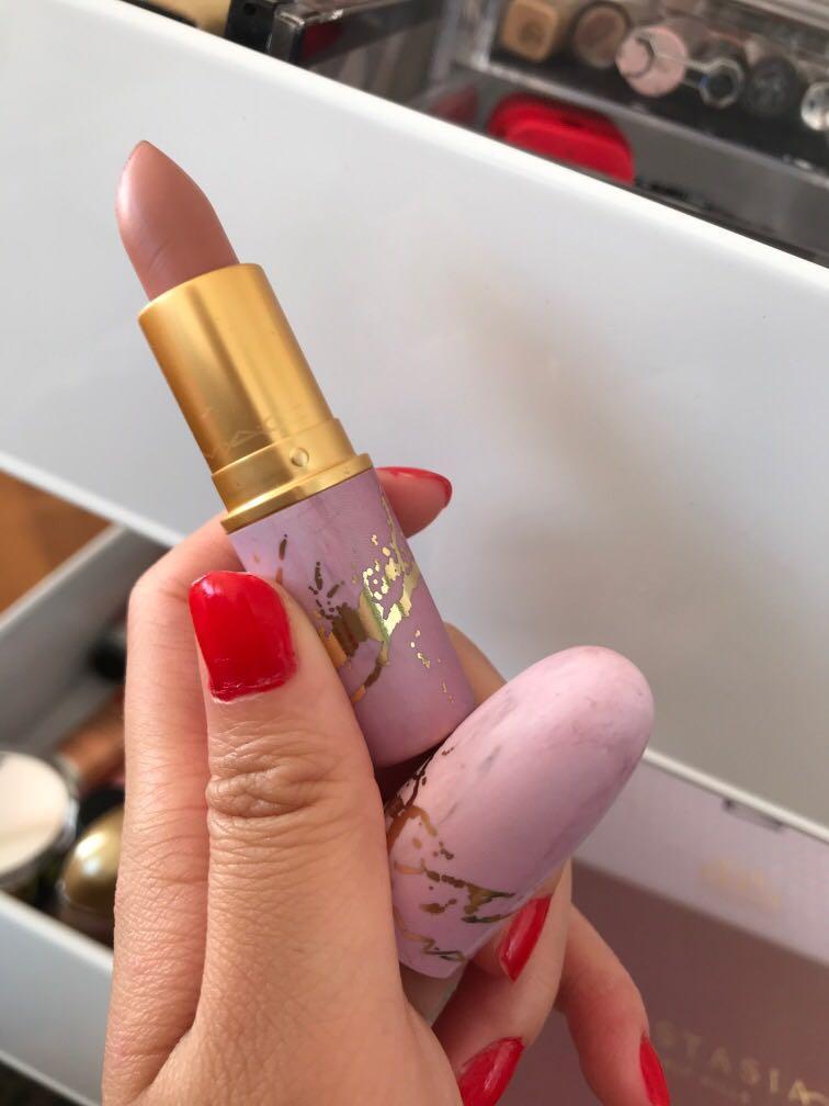 Mac lipstick feel in' sedimental