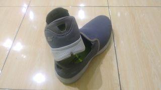 Sepatu skecher slip on 43 preloved 99%