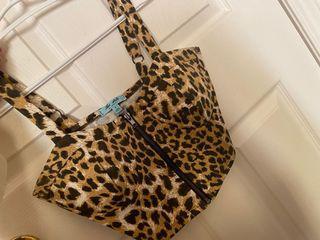 Cheetah print crop top
