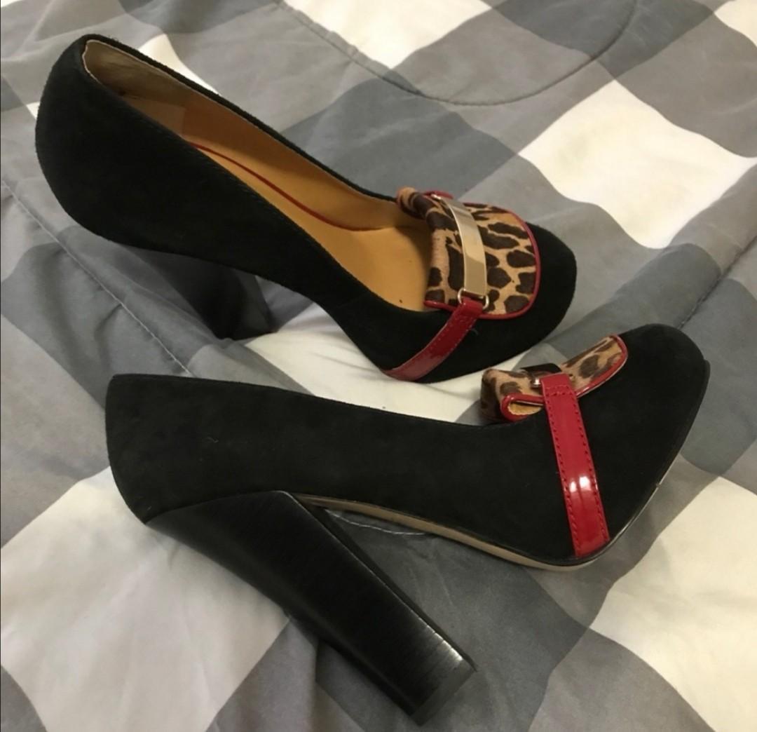 Nine West Women's Round Toe Boots size US 8.5