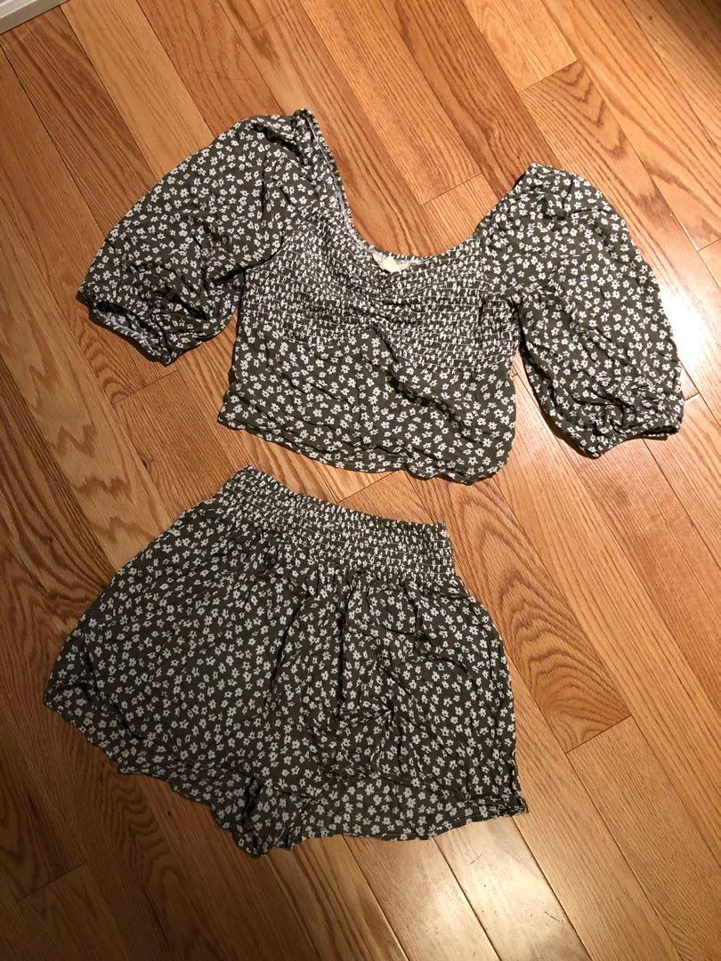 Olive Green Floral Two Piece Set (XS)