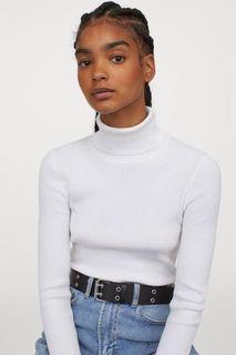 Zara Ribbed White Turtleneck (Size XS)