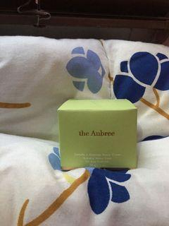 #BERSIHAKHIR The Aubree for acne prone skin