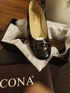 Scona蘇格南平底亮皮黑色娃娃鞋瑪莉珍