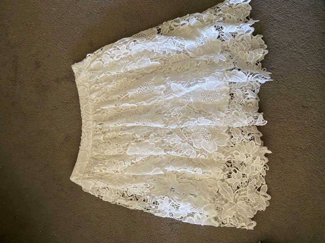 Forever21 Corded Lace skirt