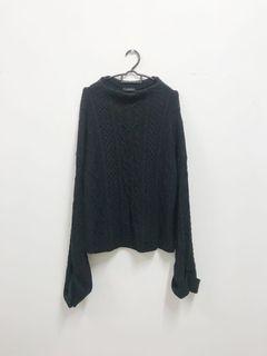 Knitwear Timbul