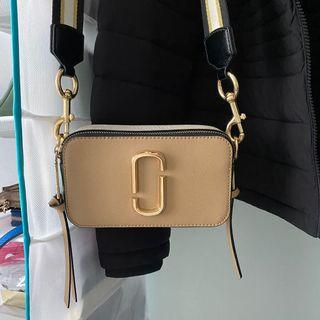 💯 Authentic Marc Jacob & Tory Burch bag are excellent condition.