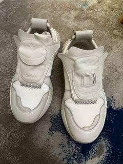 Adidas Original 日本限定 九成新