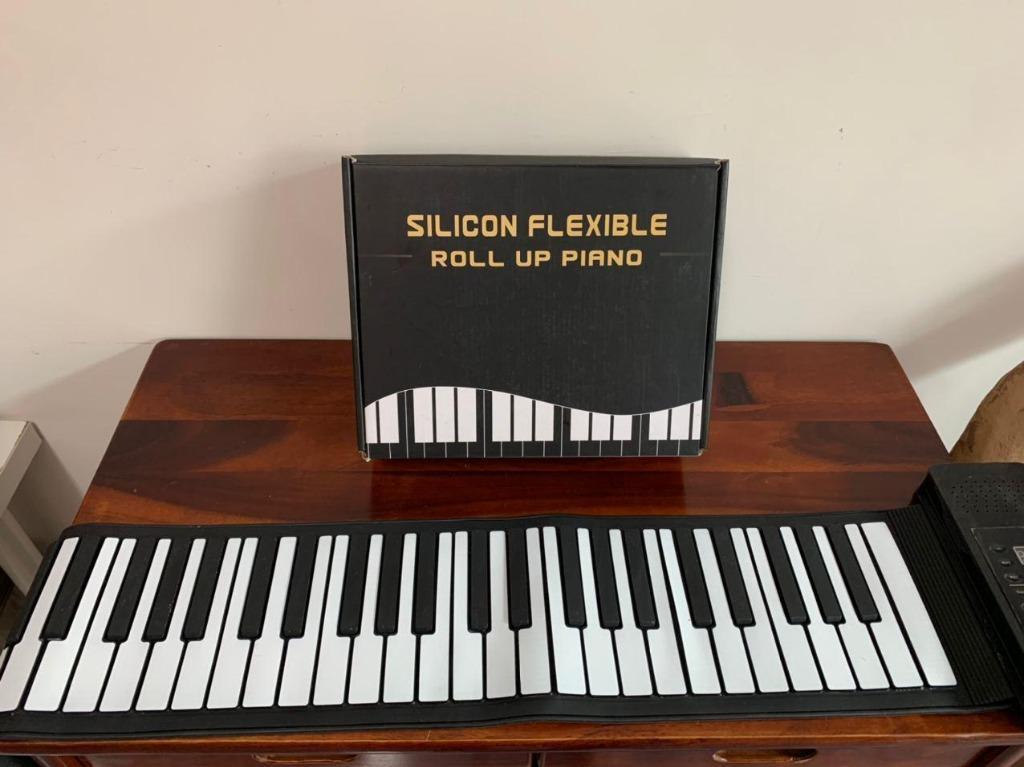【藝若娛樂】PA61 61鍵手捲電子琴 手捲鋼琴 電子琴 攜帶式電子琴 攜帶式鋼琴 手卷電子琴 兒童鋼琴 #2020掰掰