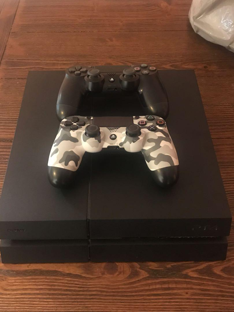 Selling PlayStation 4 + 2 controllers + 12 games *BEST DEAL*