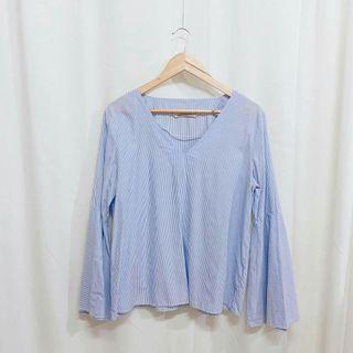 Zara Trafaluc Bell Sleeve Top