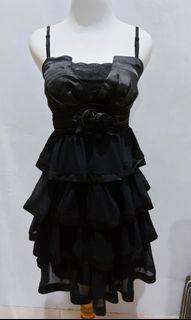 Dress pesta hitam