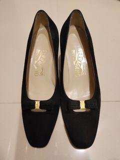 Ferragamo  低跟鞋