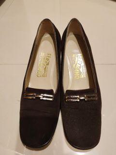 Ferragamo 粗跟鞋